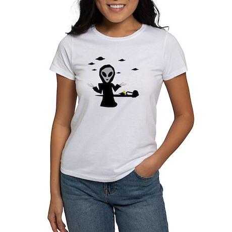 alien area 51 accident Women's T-Shirt