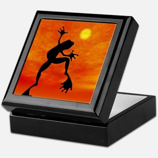 Frog Jumping Keepsake Box