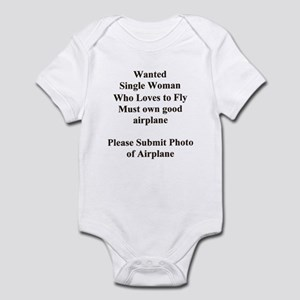 ... SINGLE WOMAN WHO LOVES TO Infant Bodysuit
