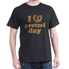 I Pretzel Pretzel Day Dark T-Shirt