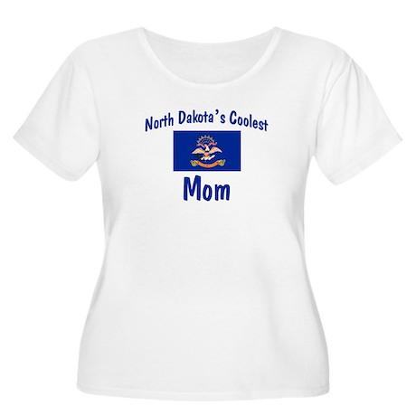 Coolest N Dakota Mom Women's Plus Size Scoop Neck