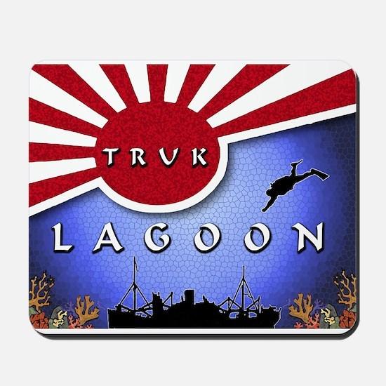 Truk Lagoon Wreck Diver Origi Mousepad