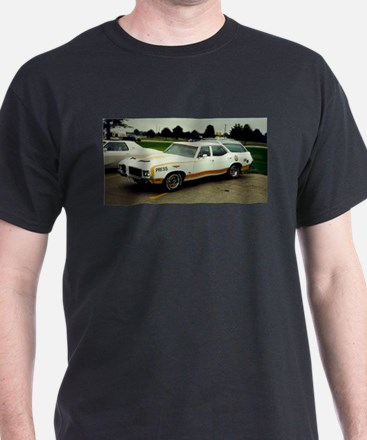 Oldsmobile Vista Cruiser T-Shirt