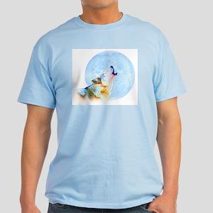 Howling Moon - Wolf Art Light T-Shirt