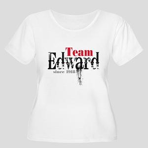 Team Edward Since 1918 Women's Plus Size Scoop Nec