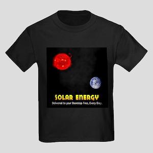 Solar Energy: Free Delivery Kids Dark T-Shirt