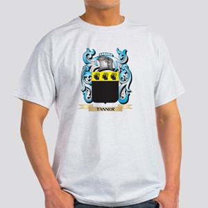 Tanner Coat of Arms - Family Crest T-Shirt