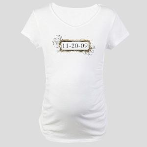 New Moon 11-20-09 Maternity T-Shirt