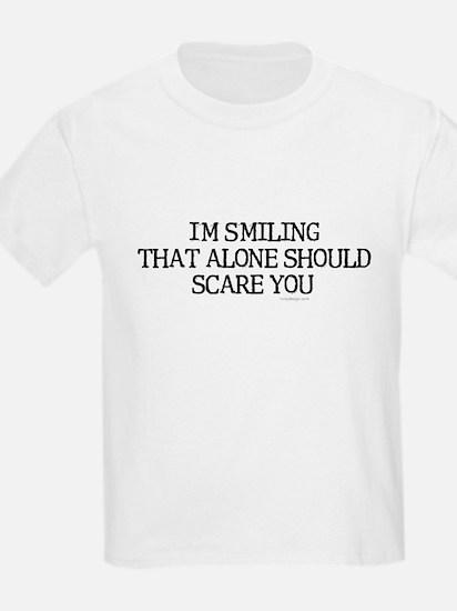 I'm smiling... Kids T-Shirt