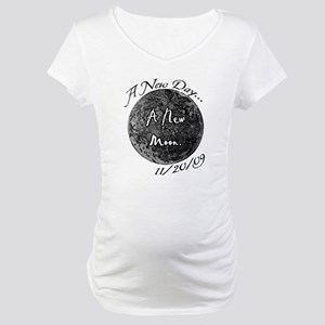 A New Moon 11/20/09 Maternity T-Shirt