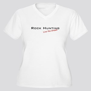 Rock Hunting / Dream! Women's Plus Size V-Neck T-S