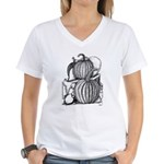 Pumpkin and mouse Women's V-Neck T-Shirt