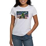 XmasMagic-6 Poodles Women's T-Shirt