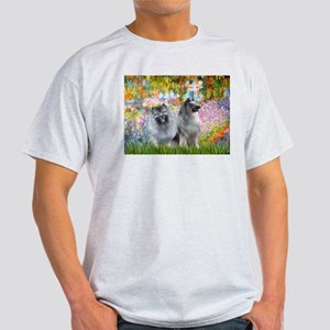 Garden / Two Keeshonds Light T-Shirt