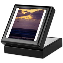 https://i3.cpcache.com/product/420228124/helicopter_keepsake_box.jpg?side=Front&color=Black&height=240&width=240