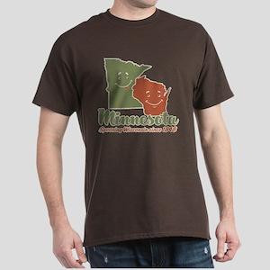 MN: Spooning WI Dark T-Shirt