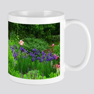 Mug with wonderful spring flowers