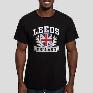 Leeds England Men's Fitted T-Shirt (dark)