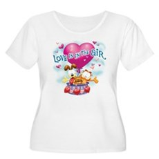 Love is in the Air Women's Plus Size Scoop Neck T-