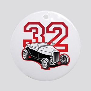'32 Roadster in Red Ornament (Round)