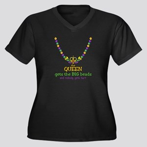 The Queen gets Women's Plus Size V-Neck Dark T-Shi