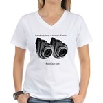 Everybody loves twins - Women's V-Neck T-Shirt