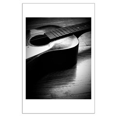Old Guitar (P) Posters