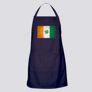 Irish Shamrock Flag Apron (dark)