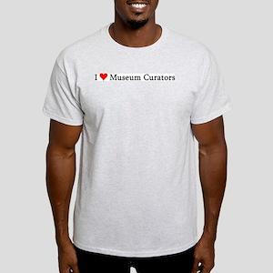 I Love Museum Curators Ash Grey T-Shirt