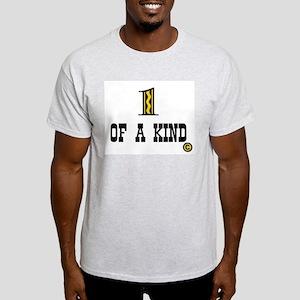 UNIQUE Light T-Shirt