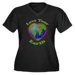 Love Your Earth Heart Women's Plus Size V-Neck Dar