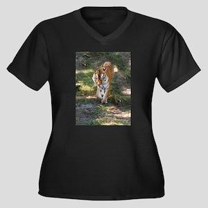 Tiger Women's Plus Size V-Neck Dark T-Shirt