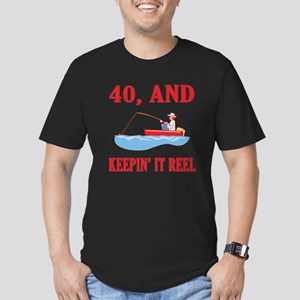 40 And Keepin' It Reel Men's Fitted T-Shirt (dark)