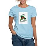 Kiss Me Irish Hat  Women's Pink T-Shirt