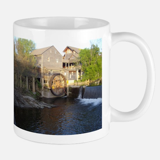 Old Mill in Pigeon Forge, TN Mug