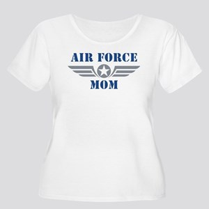 Air Force Mom Women's Plus Size Scoop Neck T-Shirt