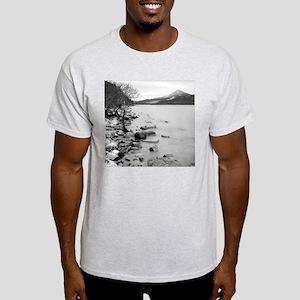 Ash-grey T-shirt: Loch Rannoch