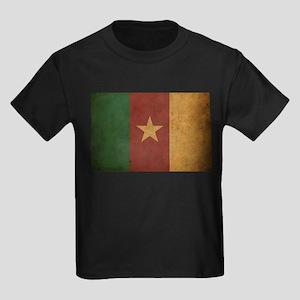 Vintage Cameroon Flag Kids Dark T-Shirt