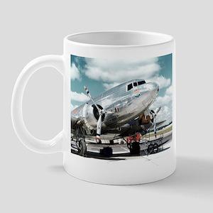 United DC-3 Mug