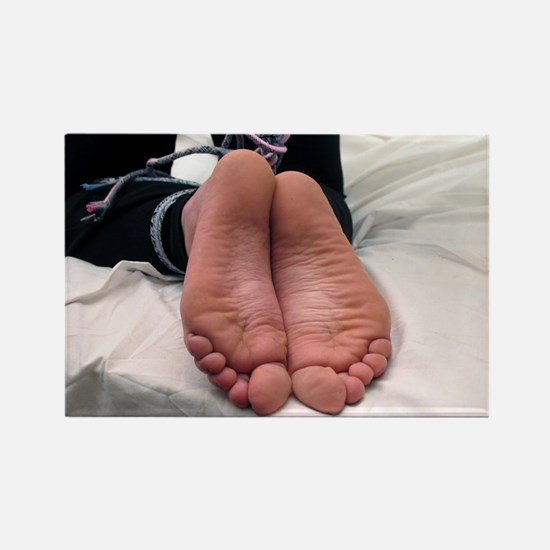 Feet7 Magnets