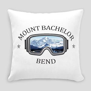 Mount Bachelor - Bend - Oregon Everyday Pillow