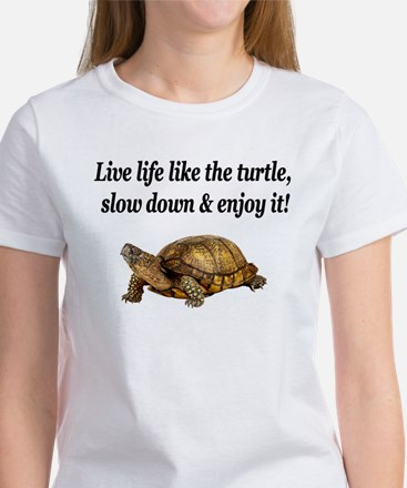 LOVE A TURTLE Women's T-Shirt