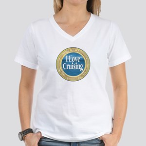 I Love Cruising Women's V-Neck T-Shirt