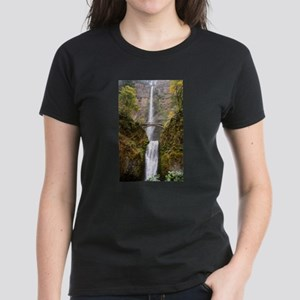 Multnomah Falls Oregon Women's Dark T-Shirt
