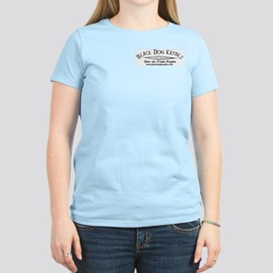 Black Dog Kayak Women's Pink T-Shirt