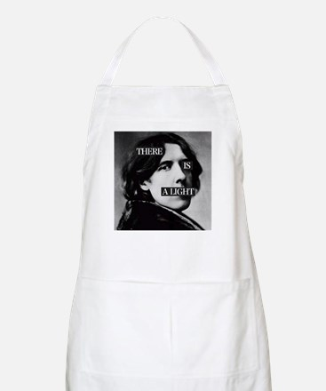 Oscar is a Light Apron
