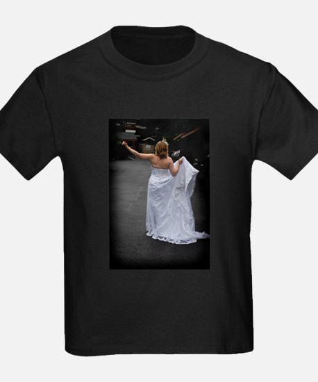 Bride Hitchhike Vertical T