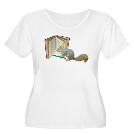 Squirrel Penc Women's Plus Size Scoop Neck T-Shirt