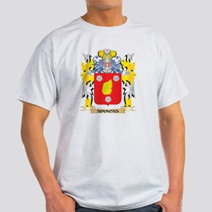 Simmons Family Crest - Coat of Arms T-Shirt