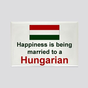"Happily Married To A Hungarian Magnet (3""x2"")"